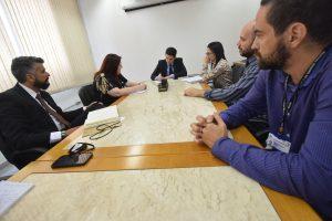 Sintrajud discute remoções compulsórias em reunião com diretor do Foro