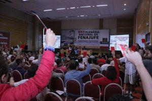 Resolução de conjuntura aprovada aposta na mobilização e na independência da Fenajufe