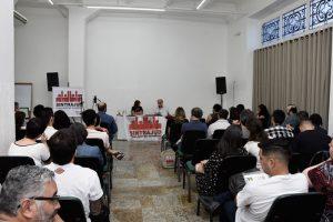 Servidores debatem leitura crítica do Direito em primeira aula de minicurso