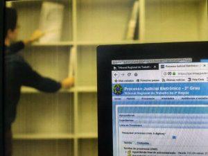 JF lança 2ª fase da digitalização em meio a cortes no orçamento