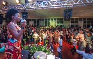 Servidores encerram ano com alegria em festa do Sintrajud