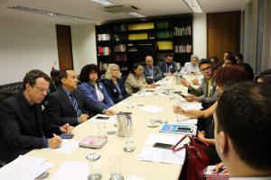 ADI 2.238: Servidores citam 'dignidade humana' contra ameaça a salários em pauta no STF
