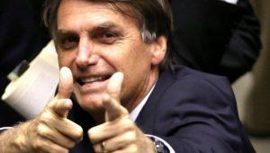 Bolsonaro propõe 'transição' para aposentadoria pior que a de Temer