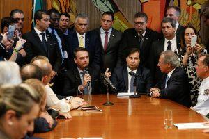 Previdência: Após mobilizações, partidos retiram apoio a pontos da PEC de Bolsonaro