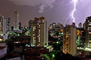 Sindicato pede abono de atrasos e faltas em decorrência das chuvas