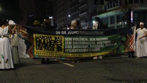 Mulheres negras ocupam o centro de São Paulo para denunciar machismo, racismo e ataques a direitos