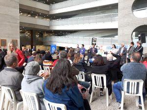 Ato em defesa da JT, dos direitos e da democracia reúne servidores, magistrados e advogados