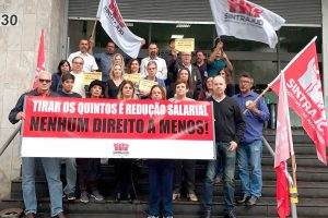 22/08/19 – Ato na JF de Santos contra a redução de salários