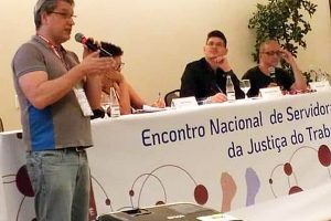 Sintrajud defende luta contra modelo de metas do CNJ no encontro da JT