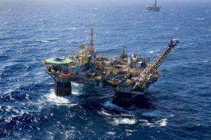 CSP-Conlutas divulga nota contra leilões de petróleo e privatização da Petrobras