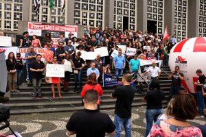 25/11/19 – Ato unificado em Santos denuncia 'pacote de maldades' de Bolsonaro