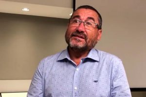 ENTREVISTA: Advogado fala sobre os efeitos do regime previdenciário chileno na vida da população